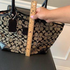 Coach Bags - Coach black patent leather shoulder handbag